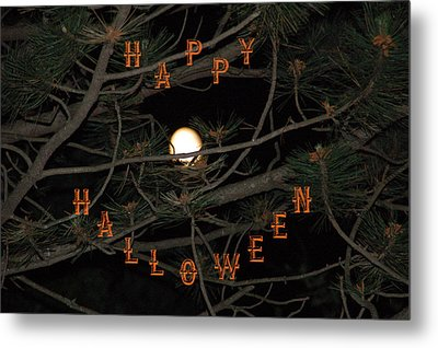 Halloween Card Metal Print by Aimee L Maher Photography and Art Visit ALMGallerydotcom