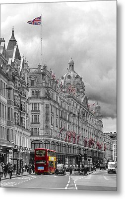 Harrods Of Knightsbridge Bw Hdr Metal Print