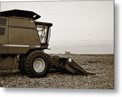 Harvest Moon Metal Print by Tom Druin