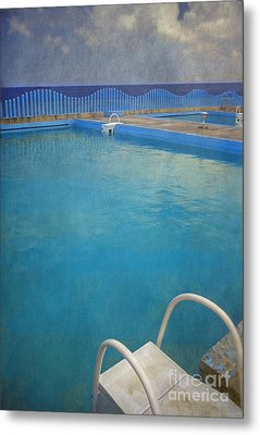 Metal Print featuring the photograph Havana Cuba Swimming Pool And Ocean by David Zanzinger