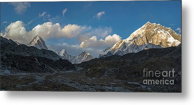 Metal Print featuring the photograph Heading To Everest Base Camp by Mike Reid