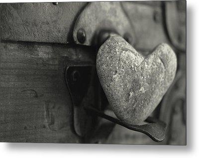 Heart Rock Metal Print by Toni Hopper