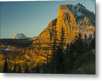 Heavy Runner Mountain Metal Print