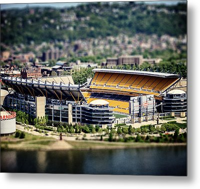 Heinz Field Pittsburgh Steelers Metal Print by Lisa Russo