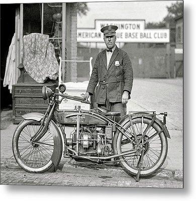 Henderson Motorcycle Cop - Washington D. C.  1922 Metal Print by Daniel Hagerman