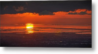 Metal Print featuring the photograph Here Comes The Sun by Peter Thoeny