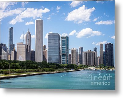 Hi-res Picture Of Chicago Skyline And Lake Michigan Metal Print by Paul Velgos