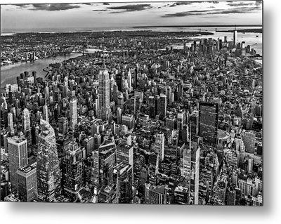 High Over Manhattan Bw Metal Print by Susan Candelario