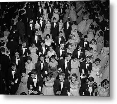 High School Prom, C.1950s Metal Print by H. Armstrong Roberts/ClassicStock