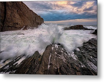 Metal Print featuring the photograph High Tide At Bald Head Cliff by Rick Berk