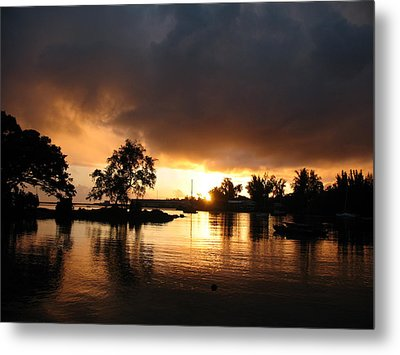 Hilo Gold Metal Print by Ron Holiday Broomell