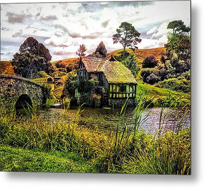 Metal Print featuring the photograph Hobbiton Mill And Bridge by Kathy Kelly
