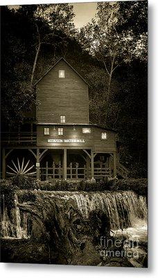 Hodgson Gristmill Metal Print by Robert Frederick