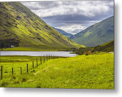Home In The Mountains Metal Print by Steven Ainsworth