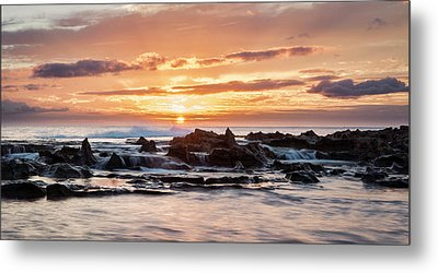 Metal Print featuring the photograph Horizon In Paradise by Heather Applegate