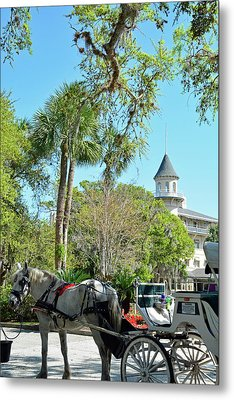 Horse And Carriage At Jekyll Island Club Hotel Metal Print by Bruce Gourley