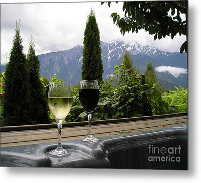 Hot Tub And Wine Metal Print