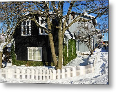 Metal Print featuring the photograph House In Reykjavik Iceland In Winter by Matthias Hauser