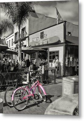 Huntington Beach Longboard Restaurant And Pub Metal Print by Rich Beer