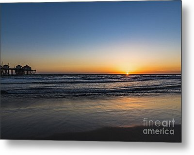 Metal Print featuring the photograph Huntington Sunset by Anthony Baatz