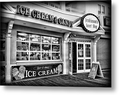 Ice Cream And Candy Shop At The Boardwalk - Jersey Shore Metal Print