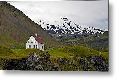 Metal Print featuring the photograph Iceland House And Glacier by Joe Bonita