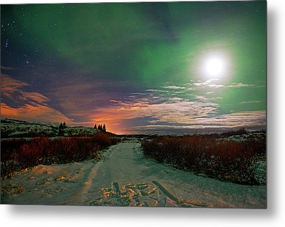 Metal Print featuring the photograph Iceland's Landscape At Night by Dubi Roman