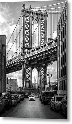 Iconic Manhattan Bw Metal Print