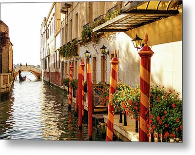 Impressions Of Venice - Signature Candy Stripped Palina Metal Print