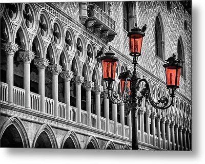 In The Shadow Of The Doges Palace Venice Metal Print by Carol Japp