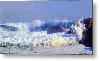 Incoming Wave Metal Print by Frank Wilson