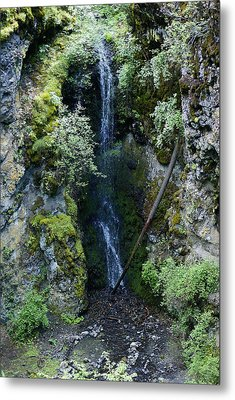 Metal Print featuring the photograph Indian Canyon Waterfall by Ben Upham III