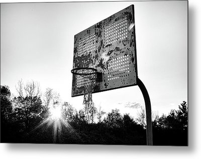 Indiana Basketball Hoop In Black And White Metal Print by Anthony Doudt