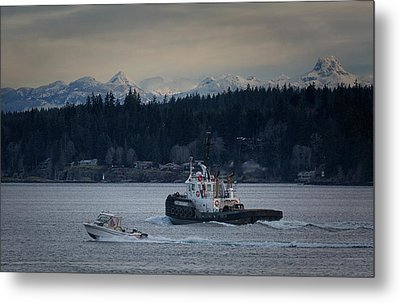 Metal Print featuring the photograph Inlet Crusader by Randy Hall