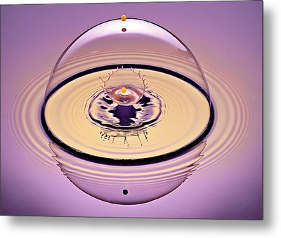 Inside A Saturn Bubble Metal Print by Susan Candelario