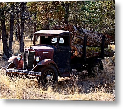International Log Truck Metal Print