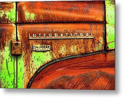 International Mcintosh  Horz Metal Print