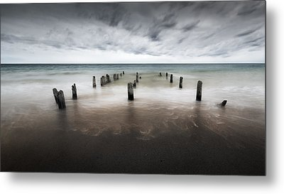 Into The Sea Metal Print by Bill Wakeley
