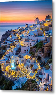 Oia Sunset Metal Print by Inge Johnsson