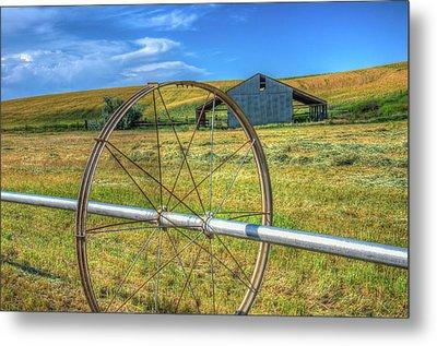 Irrigation Water Wheel Hdr Metal Print by James Hammond