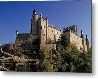 Isabella's Castle In Segovia Metal Print by Carl Purcell