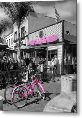 Isn't She Pretty In Pink Metal Print by Rich Beer