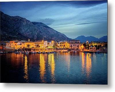 Isola Delle Femmine Harbour Metal Print by Ian Good