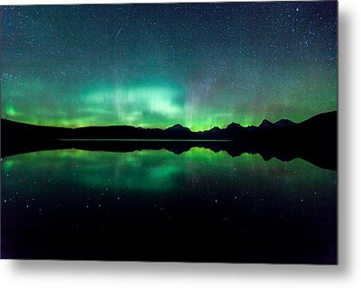 Metal Print featuring the photograph Iss Aurora by Aaron Aldrich