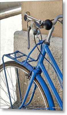 Italian Bike Metal Print by Robert Lacy
