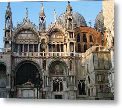 Italy Venice Doges Palace Metal Print by Yvonne Ayoub