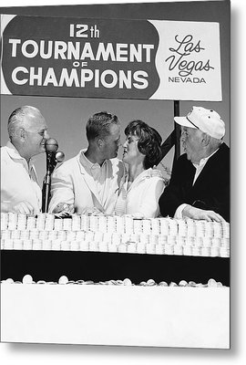Jack Nicklaus And Wife Metal Print by Underwood Archives