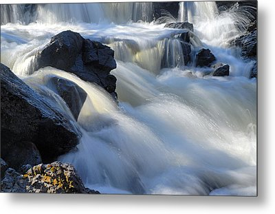 Jasper Falls Closeup Metal Print by Larry Ricker