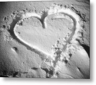 Winter Heart Metal Print