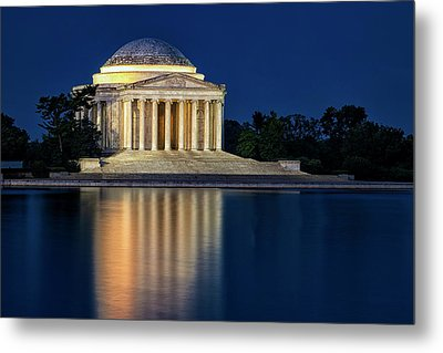 Jefferson Memorial At Twilight Metal Print by Andrew Soundarajan